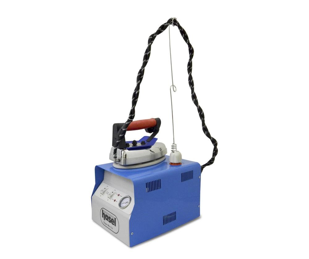 Гладильное оборудование Hasel MBK 2  HASEL MBK 2 — парогенератор с утюгом для глажения и отпаривания различных типов тканей, включая особо деликатные и тяжелые. Парогенератор состоит из бойлера, изготовленного из нержавеющей стали, и утюга, подключённого ИП Евдокимов И.А.